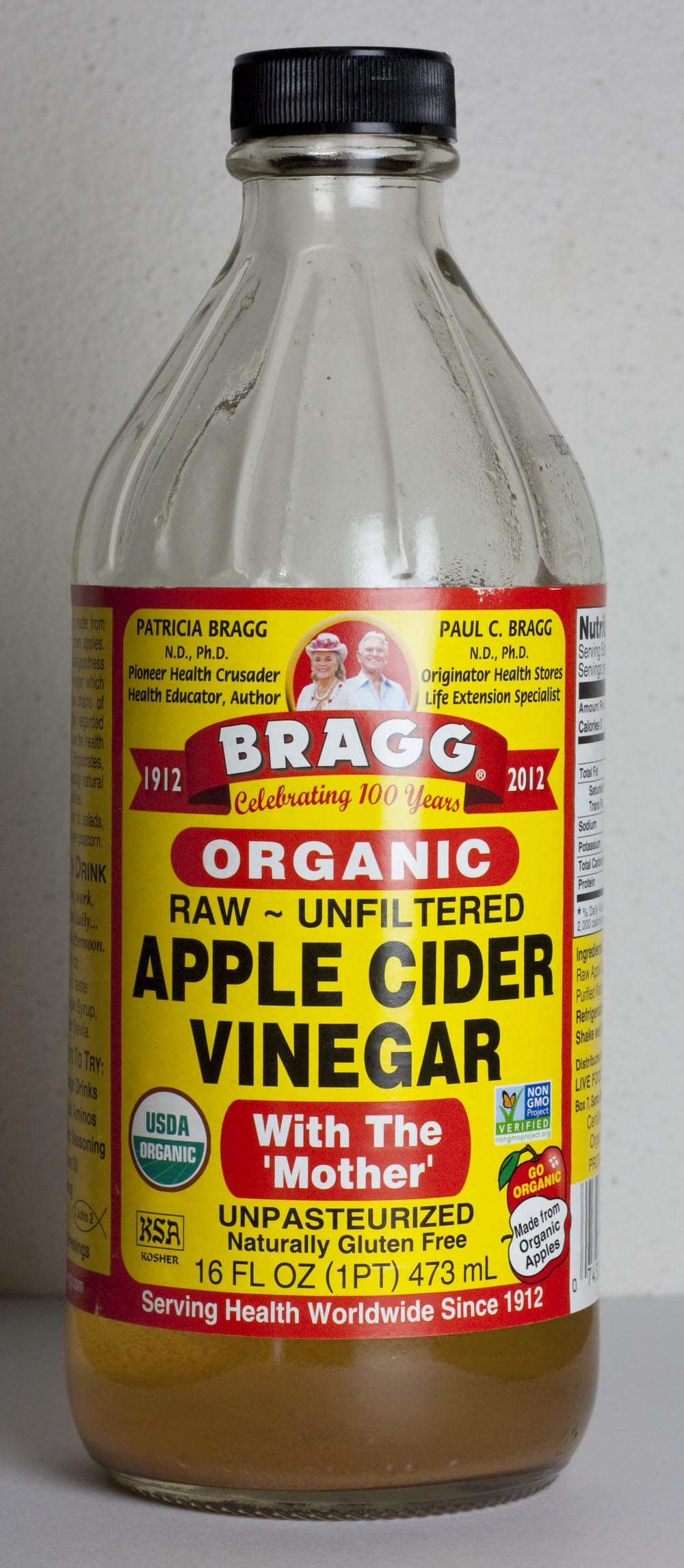 I like to use organic cider vinegar to avoid any pesticide residues from the apples. Proper dilution with water in necessary to avoid damaging hair from the high acidity.
